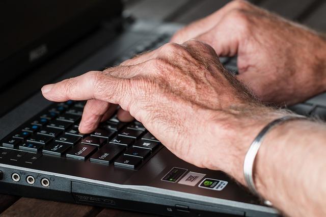 sore hands from rheumatoid arthritis