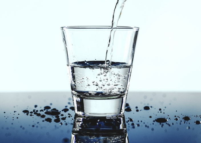water for  healthy teeth